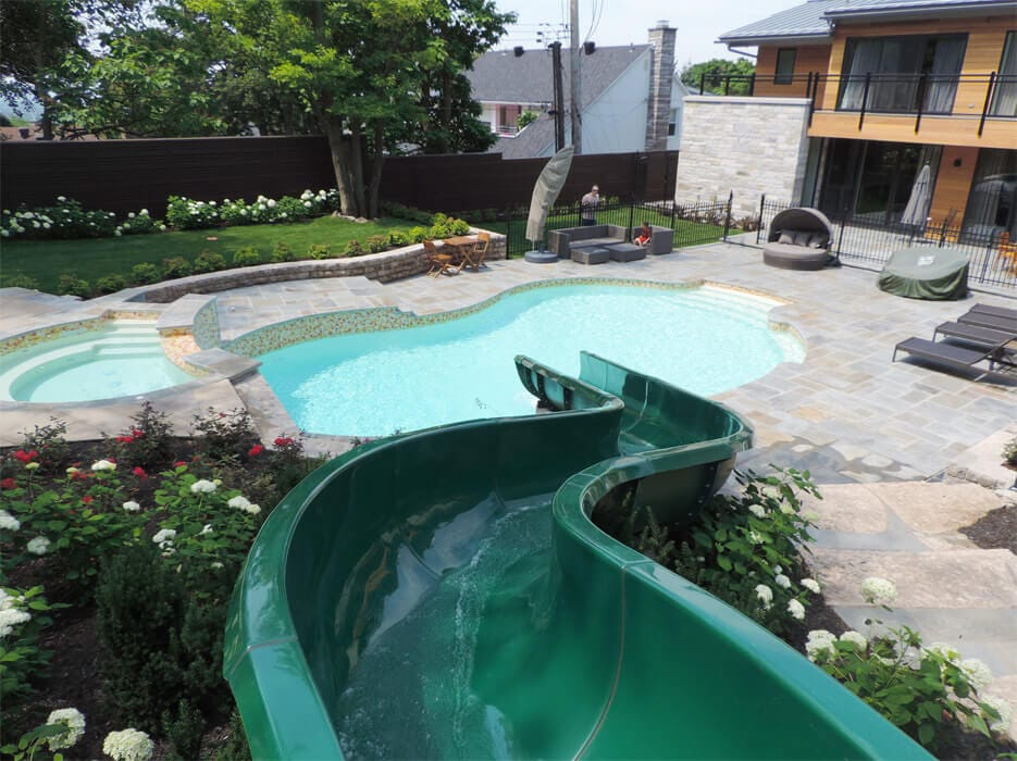 Westmount high end residential swimming pool soucy aquatik for Piscines soucy